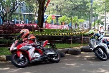 Tips Menikung Pakai Honda CBR 250RR