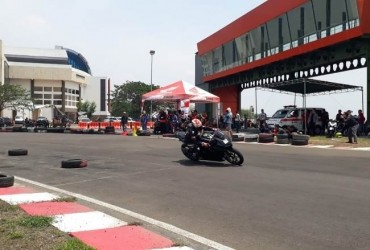 CBR 250RR Track Day Spirit Of Heroes