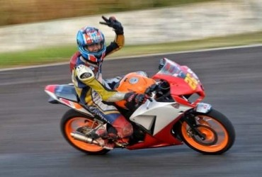 CRONS Ramaikan Indonesia CBR Race Day 2018 Seri 2
