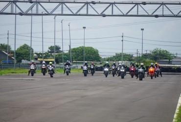 Owner CBR Series Dan CRF Di Jatim Salurkan Hobi Ngebut Dan Balap Di Cornering Day MPM