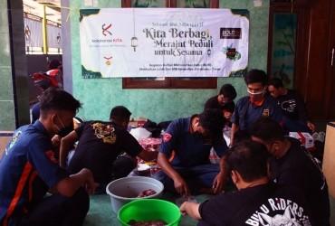 CBR One Club Surabaya Potong Hewan Qurban Untuk Panti Asuhan