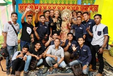 Anggota CCI Aceh Barat Berhalal Bihalal di Resepsi Pernikahan Bro Irsan