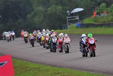 Gerry Salim Cetak Sejarah Bersama All New Honda CBR250RR di Seri Pembuka ARRC