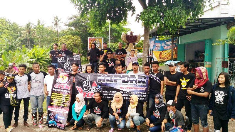 CBR Club Indonesia Reg. Jember dan GPLN Gelar Baksos Peduli Lambang Negara