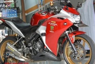 Mewah Banget Modifikasi Honda CBR250R