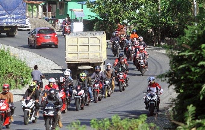 RCB dan HCB Ramaikan Honda CBR250RR Premier Touring ke Pantai Linau