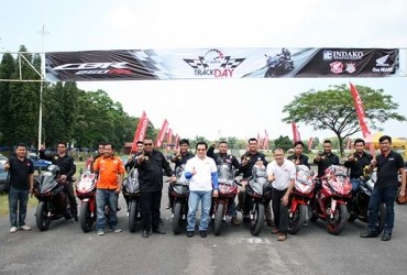 CBR Club Medan dan HCOI Ngebut Bareng di Track Day Honda CBR Community