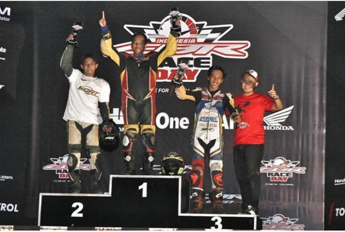 Kerja Keras Sahrul CRONS Bawa Podium Indonesia CBR Race Day
