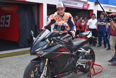 Usai Tes CBR, The Baby Alien 93 Beri Coaching Clinic Pada Peserta Honda Racing School
