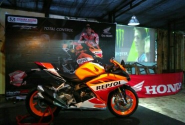 Komunitas CBR Sumatera Gelar Nobar MotoGP Sekaligus Perkenalkan All New Honda CBR250 Repsol Edition